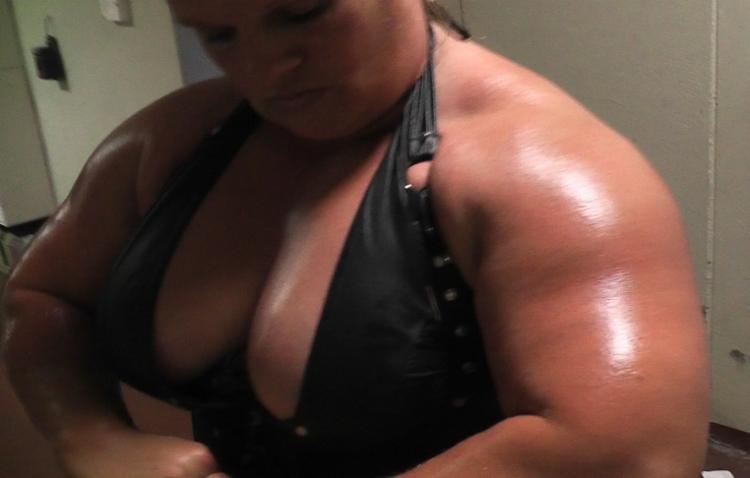 Und nackten Wrestlern Bilder von Männern Frauen Galerie >